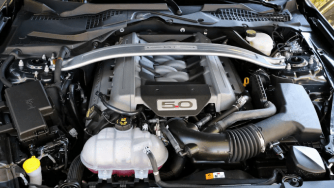 2020 New Ford Mustang Engine