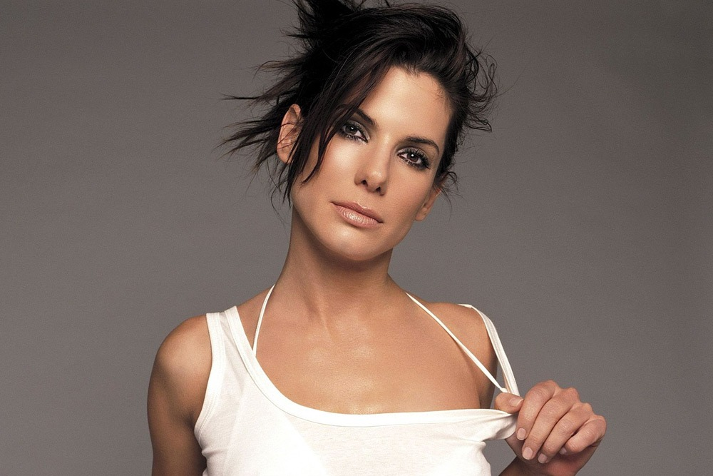 20 Sexy Celebrities You Won't Believe Are in Their 50's - Sandra Bullock