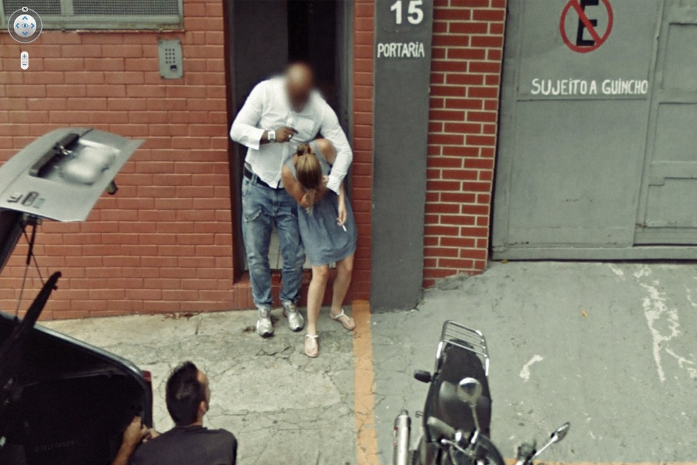 15 Crazy Moments Captured on Google Street View - Woman Attacked