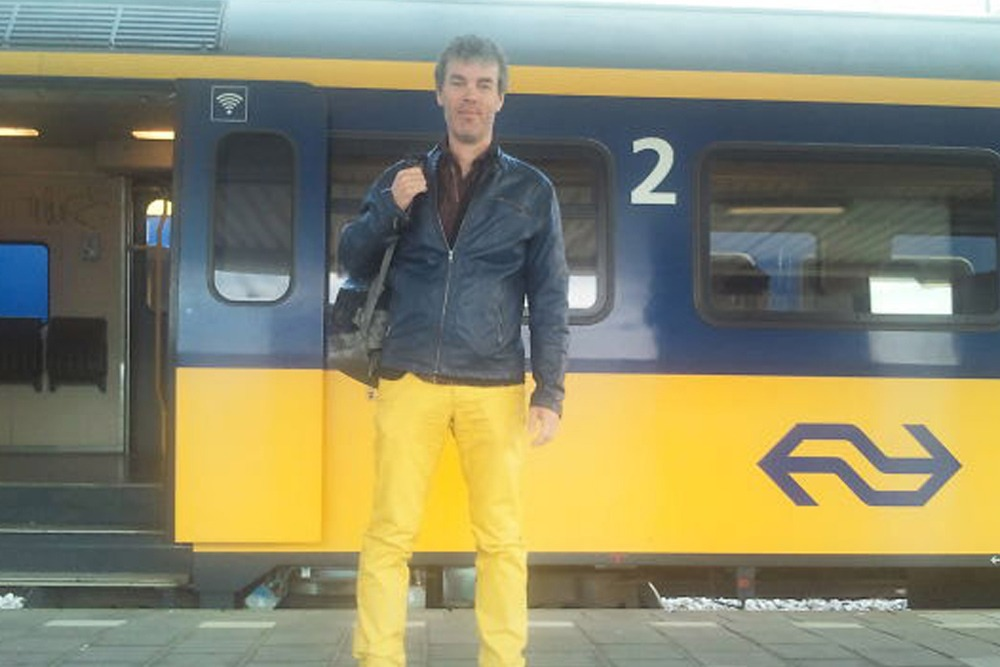 Photos of People Who Oddly Resemble Random Objects - Man Matches Subway