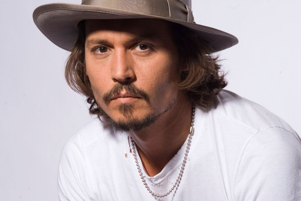 20 Sexy Celebrities You Won't Believe Are in Their 50's - Johnny Depp