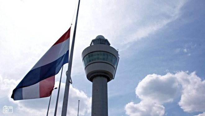 荷蘭為馬航MH17事件降半旗