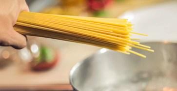 Построена математическая модель варки спагетти