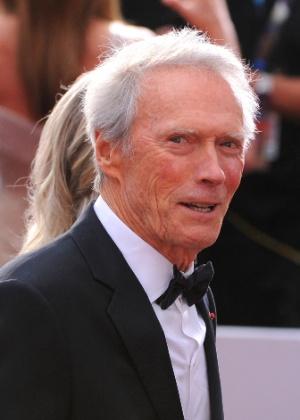 """Eastwood nega que ameaçou matar Michael Moore: """"mas não seria má ideia"""""""
