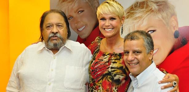 """""""Meu 'gordinho', descanse"""", diz Xuxa após morte de Roberto Talma"""