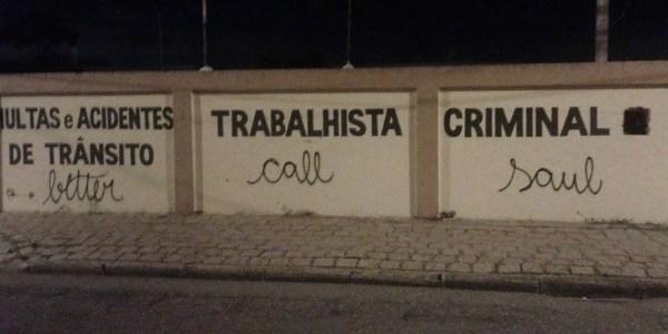 """Advogados nos amam, diz criador de """"Better Call Saul"""" após pixo em Curitiba"""