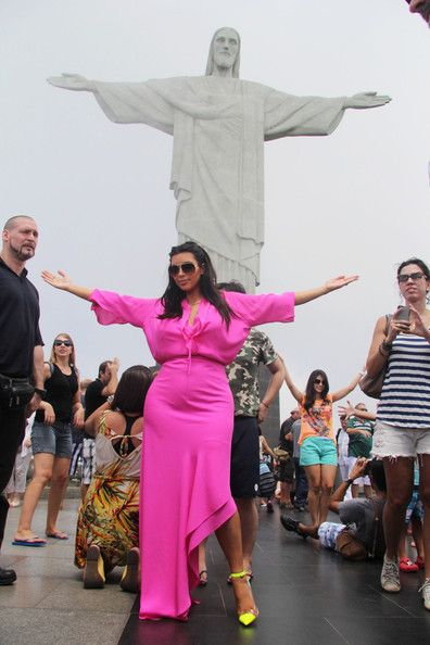 Kim+Kardashian+Kim+Kardashian+Kanye+West+Rio+EMautlgqwq1l