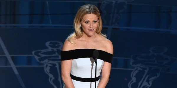 Reese Witherspoon vai estrelar filme em live action da Tinker Bell