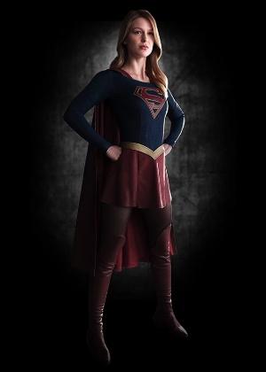 """Após episódio piloto, canal confirma a 1ª temporada de """"Supergirl"""""""