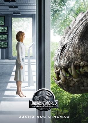 Atriz de Jurassic World compara 1º filme da saga com chegada do homem à Lua