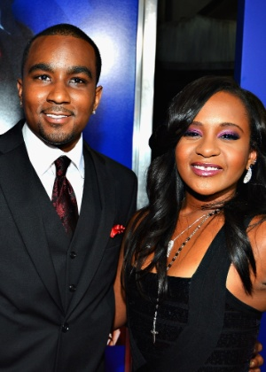 Namorado da filha de Whitney Houston implora para ir ao enterro dela