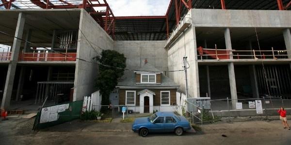"""""""Up"""" da vida real: casa que resistiu à construção de shopping ganha filme"""