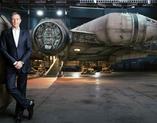 Visitante poderá pilotar nave Millennium Falcon em parques da Disney