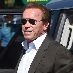 """Arnold Schwarzenegger substituirá Donald Trump em """"O Aprendiz"""" com famosos"""