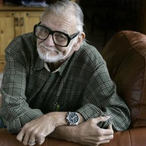 Mostra traz todos os filmes de George Romero: saiba quem é o pai dos zumbis