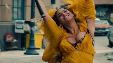 """Foto de Beyoncé libera o clipe de """"Hold Up"""". Assista!"""