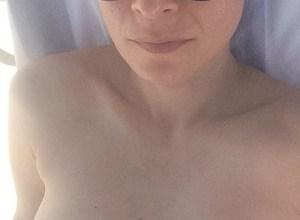 Foto de Patrícia Marx protesta após foto de topless censurada no Instagram