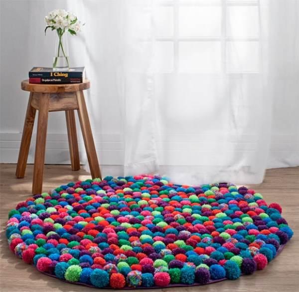 hacer tu propia alfombra es así de fácil pompones