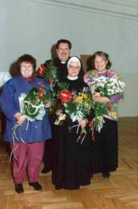 Siostra Mariusza i ks Maciej Wroński