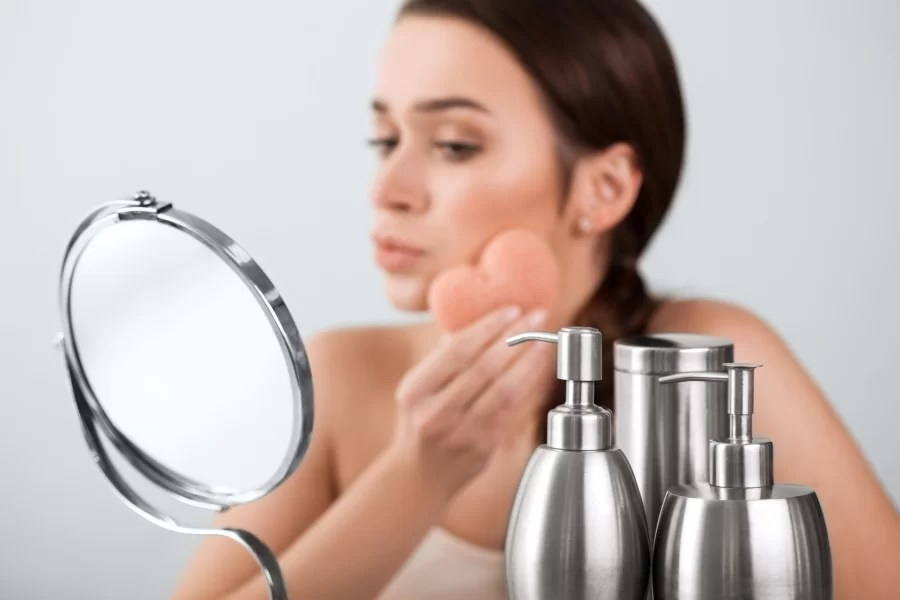 Gąbki do makijażu – Beautyblender kontra Real Techniques