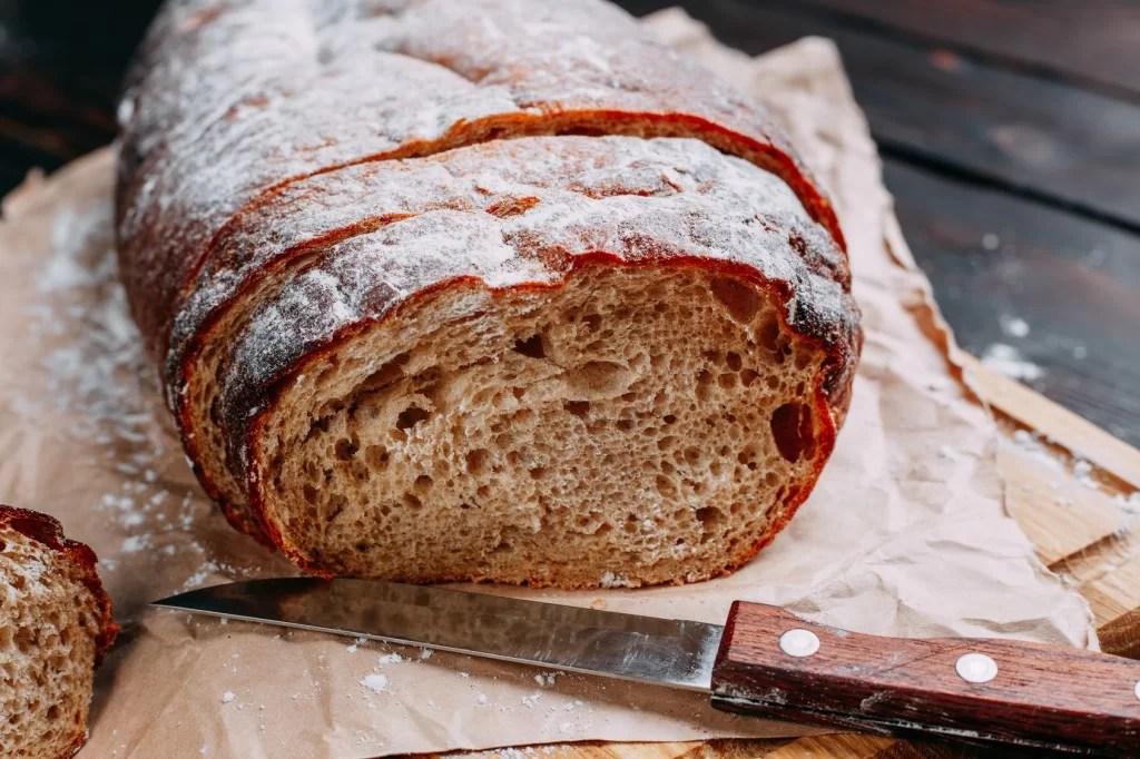 Domowy chleb żytni – jak przygotować i dlaczego warto?
