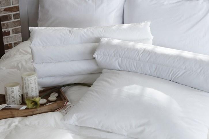 Jak uprać poduszkę z pierza w domu