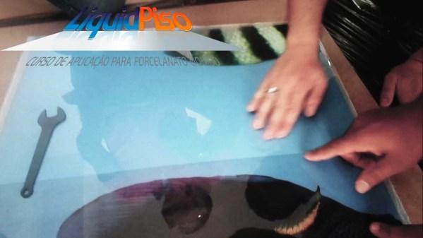 curso porcelanato liquido piso 3D