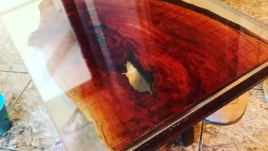 Photo of Mesa de madeira rustica com resina cristal!