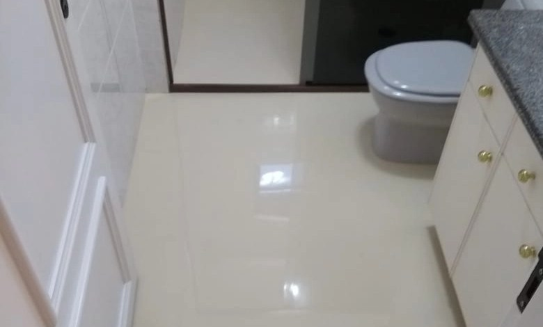 Pintura tinta epóxi para banheiro