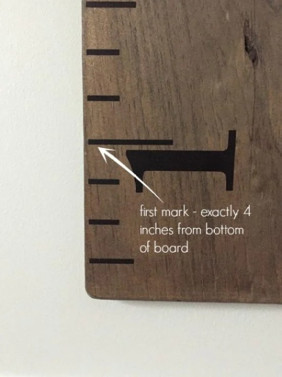 Add ruler decals to the growth chart