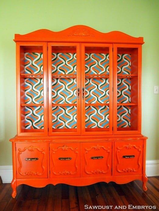 How to refinish furniture with orange paint