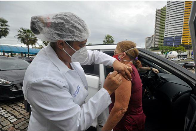 Vacinação em Natal avança para 47 anos