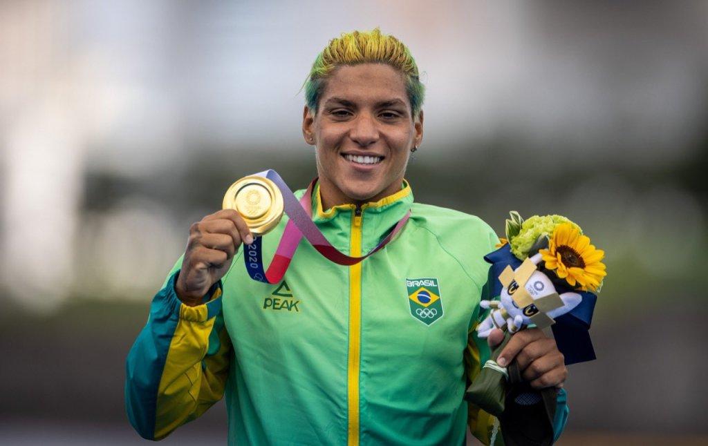 Ana Marcela Cunha