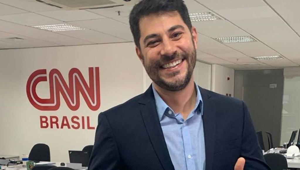 Evaristo Costa é demitido da CNN e fica sabendo da demissão quando assistia TV em casa