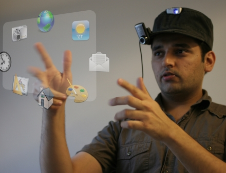 mit-sixth-sense-wearable-computer-1