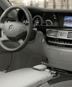 2010-mercedes-benz-s63-s65-amg-leaked-images-6