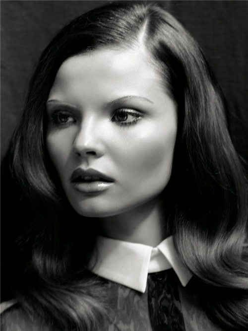 magdalena-frackowiak-fashion-model-main