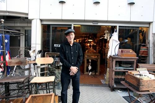 ACL | Tokyo's J'Antiques Vintage Store