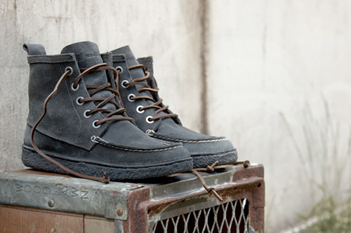 SeaVees 02/60 5 Eye Trail Boot