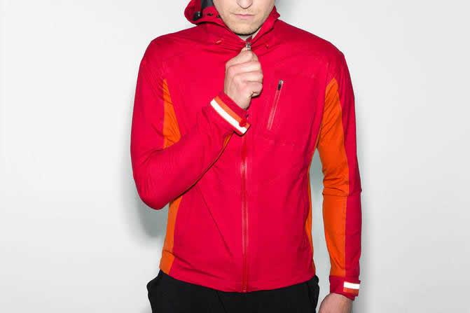 rapha-hooded-rain-jacket-fw-2014-1