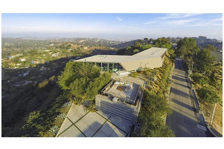 pharrell-williams-buys-a-$7.14-million-mansion-in-la-1