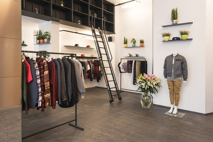 a-look-inside-daily-paper's-new-pop-up-shop-in-berlin-1