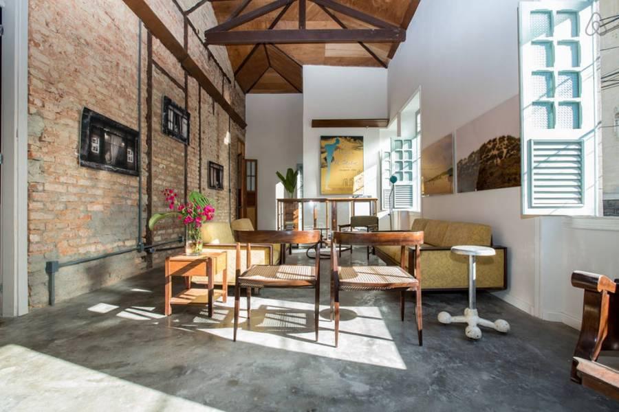 check-out-this-modern-home-in-rio-de-janeiros-santa-teresa-district-0
