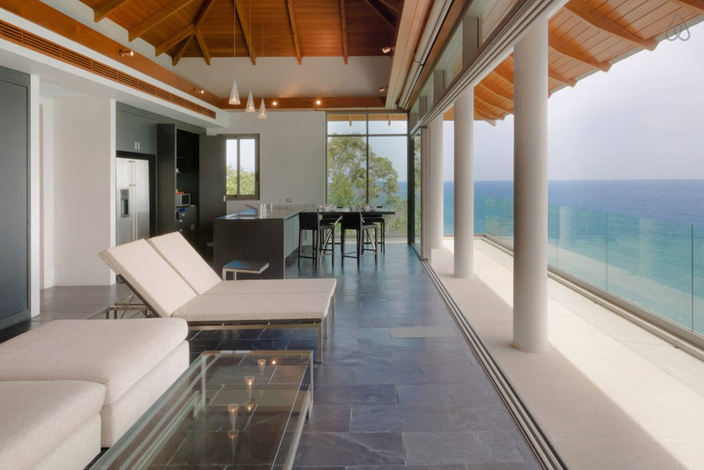 stay-in-this-arte-charpentier-designed-villa-overlooking-the-andaman-sea-5