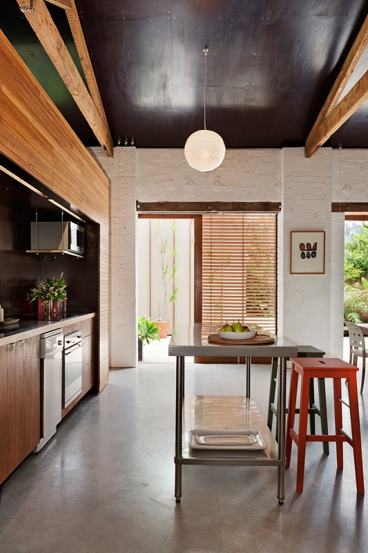 this-stylish-modern-home-used-to-be-a-