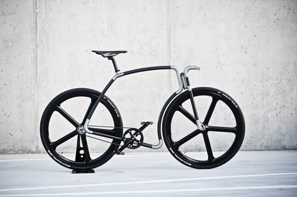 velonia-bicycles-celebrate-their-second-anniversary-with-the-viks-carbon-ciber-bike-1