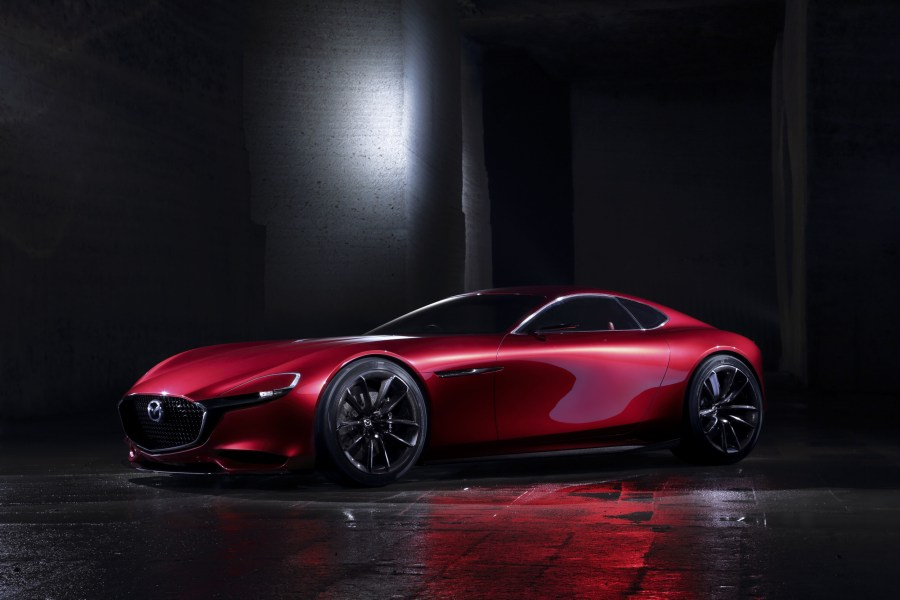 The-Mazda-RX-Vision-Features-Next-Gen-Rotary-Engine-01