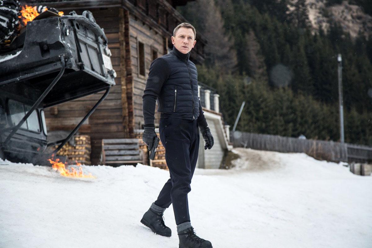 "James Bond's Boots: The Danner Mountain Light II 5"" 'Black'"