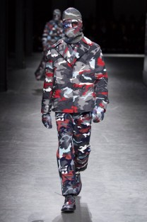 moncler-gamme-bleu-fall-winter-2016-fw16-milan-browne-19