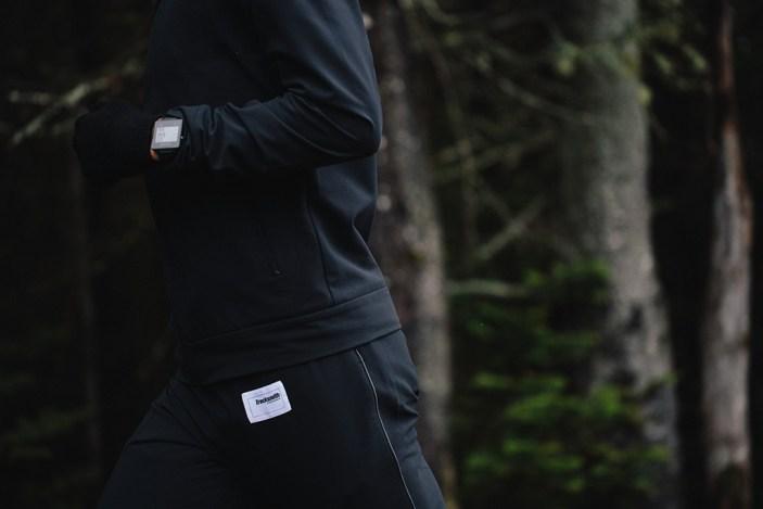 tracksmith-no-days-off-post-run-robe-soft-shell-jacket-2015-6